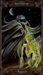 01-necronomicon-tarot-magician
