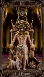 02-necronomicon-tarot-high-priestess